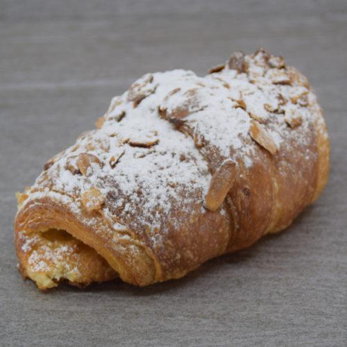 Marcipan croissant
