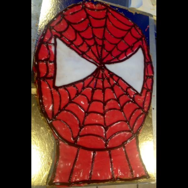 Sej Spidermans kage med glasur