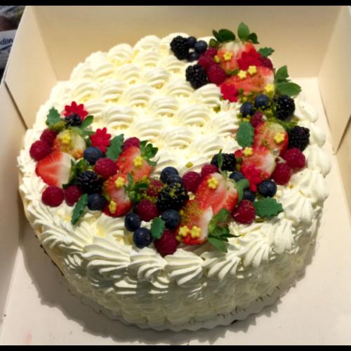 Prøv Bodenhoffs lagkage med friske bær